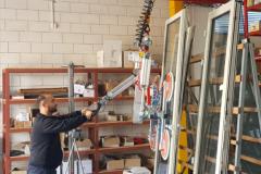 Двухбалочная легкая крановая система GROSSKRAN с манипулятором на производстве фасадного остекления в Израиле в компании Technica Sm. Ltd. WWW.TECHNICA1.CO.IL